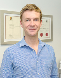 Cairns Day Surgery specialist Simon Tucker