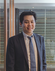 St George Private Hospital specialist Weber Huang