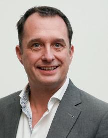 Waverley Private Hospital specialist Jonathan Lewin