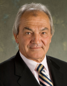 Wollongong Private Hospital specialist Peter Haertsch