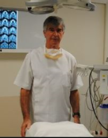 Cairns Day Surgery specialist David Curnock